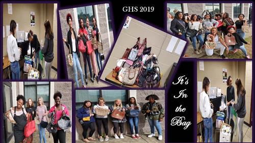 GHS Students with Donated Purses